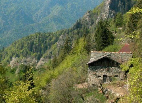 bagolino_cascina_panoramica_forum_1540627673_267992